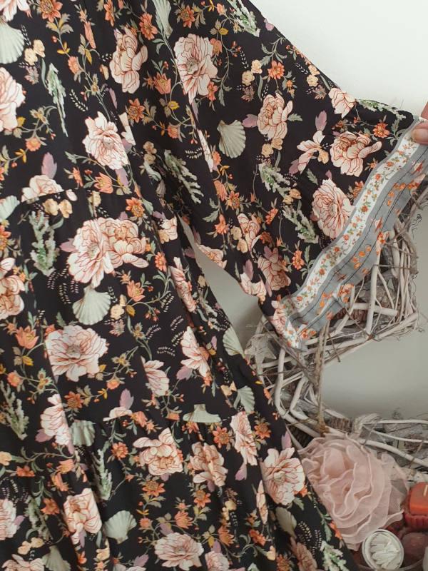 27-354 in Dunkelblau//Erdbeere Gemustert 40//42 Kleid mit Ornament-Print