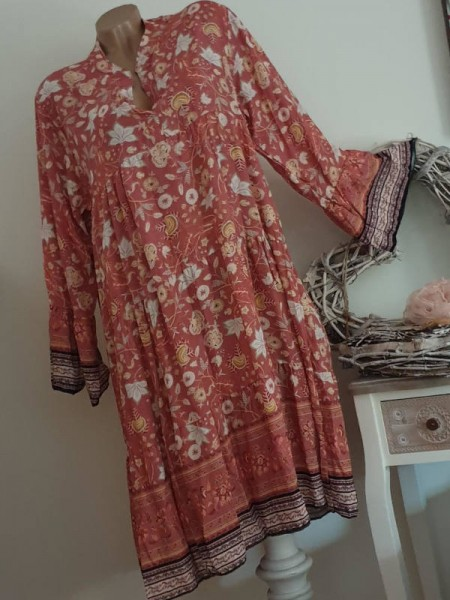 gemustertes Tunika Kleid 40 42 44 Hängerchen Viskose rosa bunt