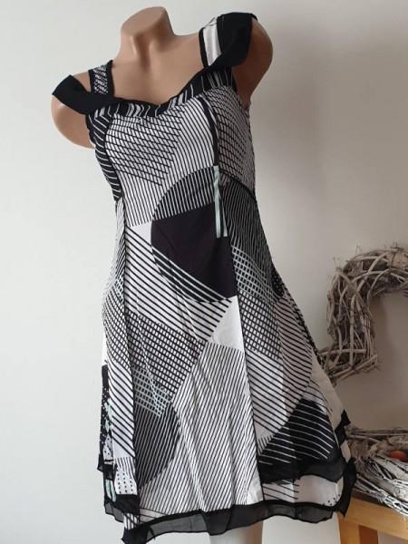 36 Trägerkleid Kleid zipfelig sichbare Aussennähte Lagenlook Patchworkkleid