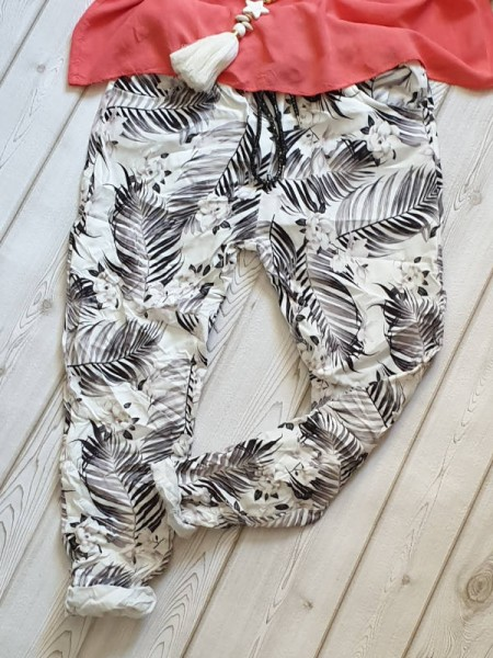 Jogpants Baggy Hose weiss floral gemustert 38 40 42 Italy Tunnelzug Jogging